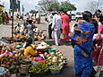 Shri_chamundeshwari_temple_flower_vendor