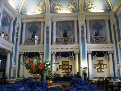 Mysore_palace_hotel_dining_room